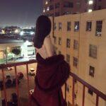 djevojka usamljena